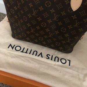 Louis Vuitton Bags - Louis Vuitton Neverfull MM - Monogram